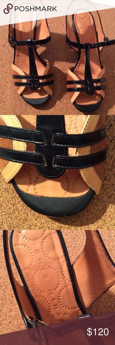 Chie Mihara heels Very nice Chie Mihara heels checkered heels Preowned good condition!! Chie Mihara Shoes Heels