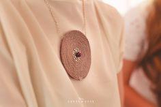 Iulia Gold Necklace, Wedding, Jewelry, Fashion, Valentines Day Weddings, Moda, Gold Pendant Necklace, Jewlery, Jewerly
