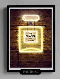 Chanel Neon póster (Arterkl.etsy.com)