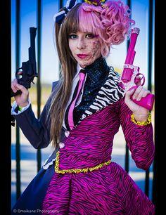Genderbent Two Face Batman cosplay Couples Cosplay, Cosplay Girls, Batman Cosplay, Dc Cosplay, Female Cosplay, Amazing Cosplay, Best Cosplay, Cosplay Costumes, Halloween Costumes