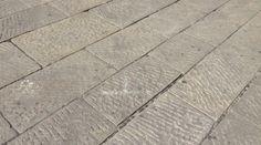 Il lastricato è un tipo di pavimentazione composto da uno strato di lastre di pietre con la superficie superiore spianata, posate su un sottofondo di malta