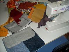 1° maggio: lavori tessili in corso. Ritagli di stoffe, bottoni, nastri e fettucce, fili da ricamo. Inizia la nuova produzione delle borsine in tessuto, tutte pezzi unici rigorosamente handmade. Arrivano, arrivano!