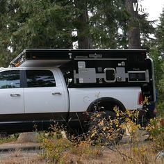 Short howto video on a fourwheelcamper by vanclan popupcamper truckcamper Short howto video on a fourwheelcamper by vanclan popupcamper truckcamper Jeep Camping, Truck Bed Camping, Camping Snacks, Van Camping, Camping Ideas, Retro Camping, Jeep Wrangler Camping, Jeep Tent, Pickup Camping