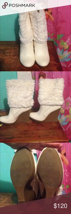 Jennifer Lopez Winter Boots These are Jennifer Lopez winter boots. Still in great condition one flaw. Their size 8 1/2 And are the color winter white. Jennifer Lopez Shoes Winter & Rain Boots