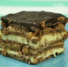 Snickers Bez Pieczenia Food Cakes, Cupcake Cakes, Cookie Desserts, Cakes And More, Cake Cookies, Tiramisu, Cake Recipes, Muffins, Food And Drink