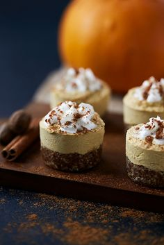 These Grain-free Mini Pumpkin Cashew Cheesecakes are the perfect, bite-sized fall dessert! Without grains or dairy, they are an amazing option for entertaining! Gluten Free Thanksgiving, Gluten Free Pumpkin, Pumpkin Recipes, Healthy Holiday Recipes, Real Food Recipes, Dessert Recipes, Free Recipes, Cashew Cheesecake, Pumpkin Cheesecake