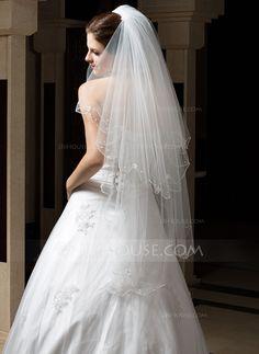 Two-tier Waltz Bridal Veils With Pearl Trim Edge/Scalloped Edge (006034315) - JJsHouse