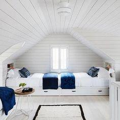 Living Room in Nantucket Cottage by Kara Mann Design on Bunk Rooms, Attic Bedrooms, Attic Bedroom Kids, Attic Bedroom Designs, Attic Renovation, Attic Remodel, Costal Bedroom, Bedroom Decor, Bedroom Ideas