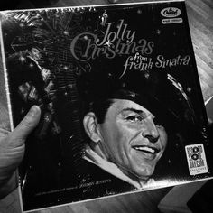 The one I always come back around to for Christmas.. #franksinatra #christmas #christmasmusic #christmas2015 #christmasstandards #vinyl #vinylrecords #vinyljunkie #vinylporn #vinyligclub #vinylcommunity #vintagevinyl #recordcollection #music #mono #hifi #longplayer #33rpm #capitolrecords #classicwaxxx #nowplaying by cw_records