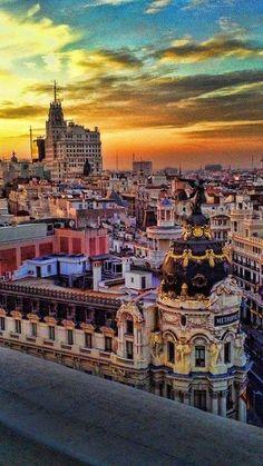 Metropolis Building, Madrid    Metropolis Building, Madrid ( source )    Madrid view at sunset    Madrid vintage view at sunset ( source ) ...