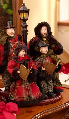 I just purchased my set of Charles Dickens Christmas Carolers from Qvc by Valerie Par Hill! THEY are Beautiful and HUGE! Tartan Christmas, Southern Christmas, Christmas In July, Christmas Bells, Christmas Carol, All Things Christmas, White Christmas, Vintage Christmas, Christmas Crafts