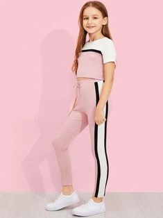 Girls Cut and Sew Top & Drawstring Waist Pants Set -SheIn(Sheinside) Girls Cutting and Sewing Top & Drawstring Pants Set – SheIn (Sheinside) Teenage Girl Outfits, Girls Summer Outfits, Cute Girl Outfits, Girls Fashion Clothes, Sporty Outfits, Cute Outfits For Kids, Teen Fashion Outfits, Cute Casual Outfits, Kids Fashion