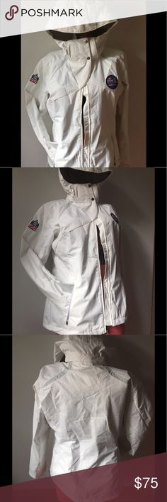 NWT COLUMBIA  White Winter Woman's Coat New with tags from the Red Bull Crashed Ice Championship in St Paul. Slight make up mark on inside of left arm, probably can be dry cleaned out but I can't be bothered :) Columbia Jackets & Coats Puffers