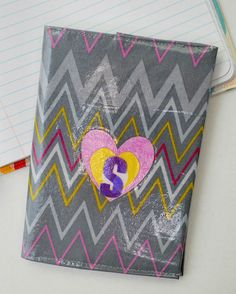 DIY Removable Vinyl Notebook Covers | Happy Crafting | Blitsy