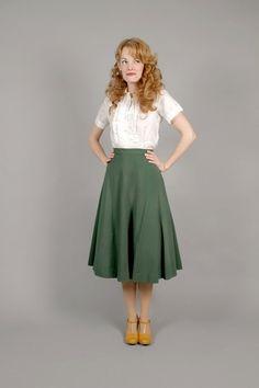 1940s WW11 green gabardine wool skirt / 40s gabardine wool skirt