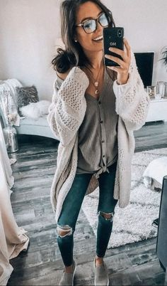 32 Fabulous Fall Outfits For College You'll Want To Copy This Year - College outfits - Winter Outfits Women, Casual Fall Outfits, Stylish Outfits, Spring Outfits, Casual College Outfits, Fashion Models, Cute Fashion, Trendy Fashion, Style Fashion