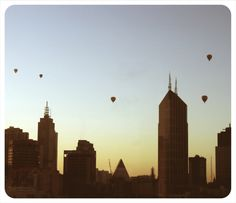 Early Morning Hot Air Balloons over the City Melbourne Cbd, Melbourne Australia, Oh The Places You'll Go, Places To Visit, Islands In The Pacific, My Church, Cool Countries, Travel Bugs, New York Skyline