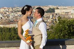 Getting married abroad in #Rome Italy. At the Gianicolo hill with a beautiful view over the city. By Andrea Matone #wedding photographer.