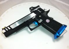 Thursday Livecast & New Custom Guns. Love the splash of color! Colt 1911, 1911 Pistol, Revolver, Airsoft Guns, Weapons Guns, Guns And Ammo, Custom Guns, Fire Powers, Cool Guns