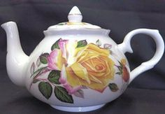 6 Cup Fine Bone China Peace Rose Teapot Made in England by Adderley Ceramics approx. Teapot Crafts, Vases, English Teapots, Peace Rose, Cute Teapot, China Teapot, Teapots And Cups, My Tea, China Porcelain