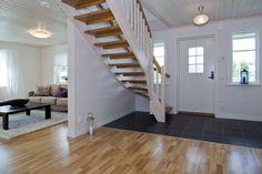 Morkullan - Fiskarhedenvillan Stairways, Home Decor Inspiration, Sweet Home, Future, Decorations, Ladders, Future Tense, House Beautiful, Stairs