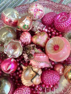 Vintage Pink Christmas Decorations so pretty Vintage Pink Christmas, Shabby Chic Christmas, Antique Christmas, Christmas Past, Vintage Christmas Ornaments, Vintage Holiday, Winter Christmas, All Things Christmas, Vintage Santas