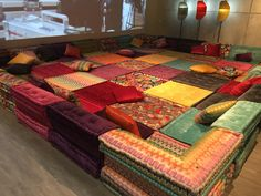 41 Trendy ideas for moroccan floor seating boho Decor, Home Decor Furniture, Bedroom Decor, Interior Design Living Room, Interior, Indian Home Decor, Floor Seating, Home Decor, Home Design Plans