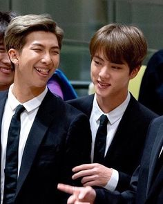 NamJoon put that tongue back in your mouth 😂💕 Namjin, Kim Namjoon, Seokjin, Jung Hoseok, Bts Jin, Bts Bangtan Boy, Taekook, Bts Memes, Spirit Fanfic