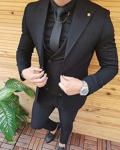 An all black suit is always sexy and in style. You can own this three piece men's suit custom made by Giorgenti New York. It would be perfect for your wedding, business affair or formal event. Indian Men Fashion, Mens Fashion Wear, Suit Fashion, Dress Suits For Men, Men Dress, Trendy Suits For Men, Formal Suits For Men, Suit For Men, Mens Suits Style