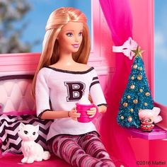 Tiny Christmas tree? ✔ Hot chocolate? ✔ Sassy kitty? ✔ Let the holiday season begin! #Barbie Click the link in our bio to shop!