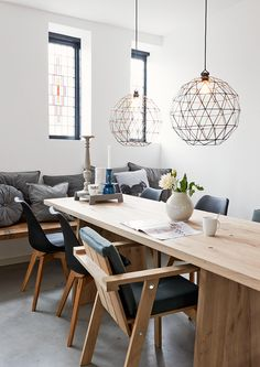 Every dining room deserves the perfect suspension. See our Top 10 high-end suspension lamps for dining room design and get inspired for your home decorating. Decor, Room Design, Interior, Dining, Dining Room Design, Home Furniture, Dining Table, House Interior, Home Kitchens