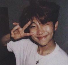 kimnamjoon rmbts bts namjoon aesthetic joonie rm not. Seokjin, Kim Namjoon, Bts Taehyung, Bts Bangtan Boy, Bts Jimin, Rapmon, Jung Hoseok, Kpop, Memes Blackpink