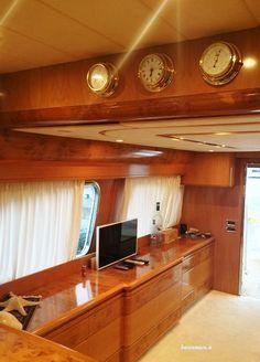 Yacht a motore in Liguria e Toscana Boat Decor, Yacht Interior, Luxury Yachts, Toscana, Sailboats, Boating, Sailing Ships, Italy, Ceiling Lights