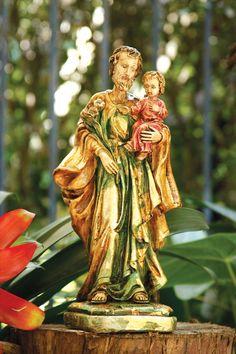 Pintura em gesso da imagem de São José