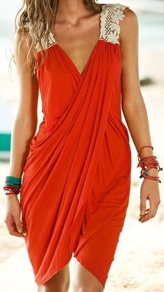 How to sew a sarong dress - I do it myself- Comment coudre une robe paréo – Je fais moi même Domino Break Beachwear and Coverups - Tomboy Fashion, Diy Fashion, Ideias Fashion, Womens Fashion, Beach Fashion, Fashion Goth, Steampunk Fashion, Trendy Fashion, Style Fashion