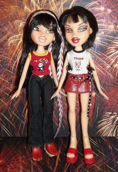 2001 Bratz Lot of 2 Dolls JADE with Clothing & Shoes -D132- #MGA #DollswithClothingAccessories