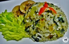 Quando vocênão tiver muito tempo na cozinha, um arroz com legumes refogados éperfeito para uma refeição rápida, gostosa e muito nutrit...