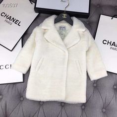 """""""New"""" to order Chanel sizes: years # Children's clothing# baby clothes m Luxury Baby Clothes, Designer Baby Clothes, Cute Baby Clothes, Chanel Kids, Baby Chanel, Baby Girl Fashion, Toddler Fashion, Kids Fashion, Cute Little Girls Outfits"""