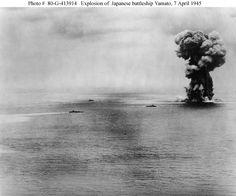 #yamato #japan #battleship #explosion #wwii Yamato explosion/ Взрыв Yamato http://wiki.wargaming.net/ru/Navy:IJN_Yamato_(1940)