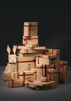 mimoleskineyyo: Escaparates de Navidad de Loewe