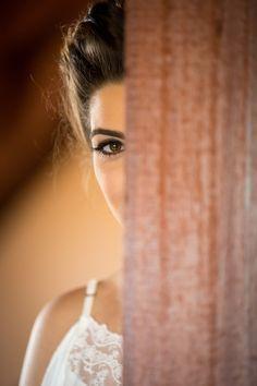 ♥♥♥  CASO REAL: A emoção de ser fotógrafa e mãe da noiva Domingo foi Dia das Mães, essa data tão linda, que deixa todo mundo super emotivo. As mães, merecedoras de todas as homenagens, ficam derretidas de... http://www.casareumbarato.com.br/caso-real-a-emocao-de-ser-fotografa-e-mae-da-noiva/