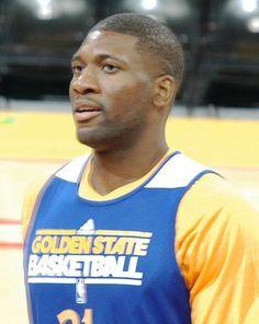 Golden State Warriors Rumor: Festus Ezeli to test free agency market? - http://www.sportsrageous.com/nba/golden-state-warriors-rumor-festus-ezeli-test-free-agency-market/18544/