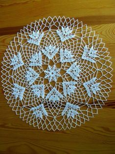 Crochet Circles, Crochet Mandala, Filet Crochet, Lace Doilies, Crochet Doilies, Crochet Lace, Viking Tattoo Design, Viking Tattoos, Sunflower Tattoo Design