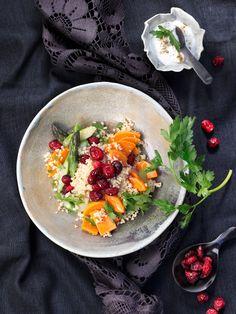 One Pot Couscous mit Cranberries, Spargel und Süßkartoffeln! #nomnom