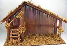 Vintage Wood Nativity Stable W Reed Roof Back, Twigs, Loft, Moss, Made Taiwan Christmas Grotto Ideas, Christmas Crib Ideas, Church Christmas Decorations, Christmas Porch, Christmas Projects, Xmas, Nativity Creche, Nativity Stable, Christmas Nativity Scene