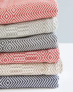 African inspired woven throws with a bold zig zag pattern. Perfect for use as a bed or couch throw. Woven at the Mungo Mill in Plettenberg Bay, South Africa Cotton Blankets, Cotton Bedding, Tactile Texture, Couch Throws, Zig Zag Pattern, Textile Design, Weaving, Fabric, Inspiration