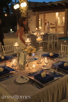 Candle lights at wedding reception. Wedding Design by Linens, Things and More in los Cabos.
