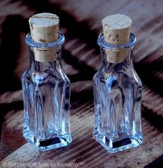 Squared Crystal Clear Glass Corked Spell Potion Bottle Vials 3mls, Set of 2