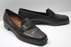 eadc494d1f4f NATURALIZER Natural Flex Brown Leather Slip On Loafer Shoe Size 6.5 M Medium