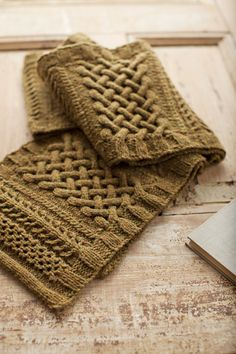 This pattern is beyond gorgeous. Kildare by Michele Wang from Spring Thaw, (Brooklyn Tweed) $6.50